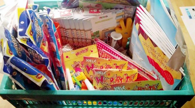 Sparkasse und Volksbank stellen Spielsachen zur Verfügung