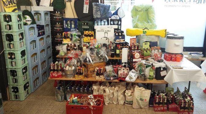 Tombola und Spende für den PFN beim Lösch Depot in Elsen